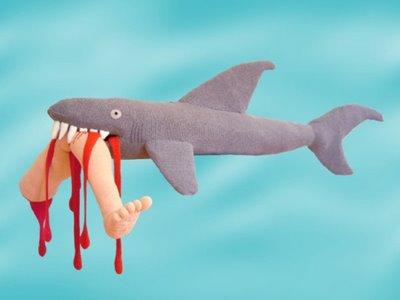 beritamaya-mainan-haifischblau