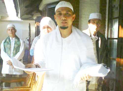 ustadz Arifin Ilham dukung FPI